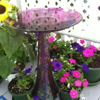 DIY Bird Bath From Repurposed Vase and Plate
