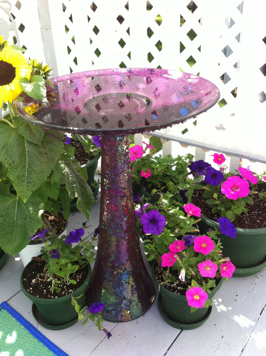Upcycled Bird Bath from Platter and Vase  8 DIY Patio Accents #trashtotreasure #patio #diy #yard #garden #up-cycle #re-purpose #patio_table #plant_stand #bird_bath #herb_garden #wineglass #martiniglass #candles #art