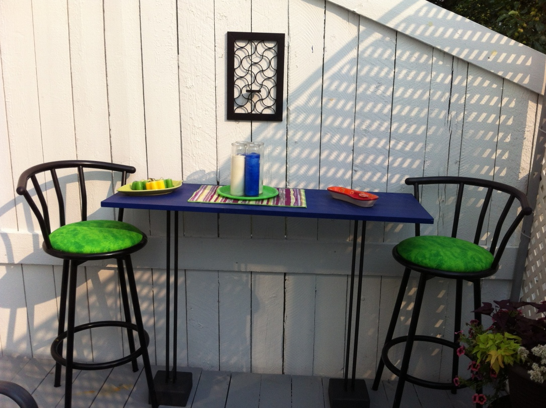 Upcycled Patio Table from Speaker Stands 8 DIY Patio Accents #trashtotreasure #patio #diy #yard #garden #up-cycle #re-purpose #patio_table #plant_stand #bird_bath #herb_garden