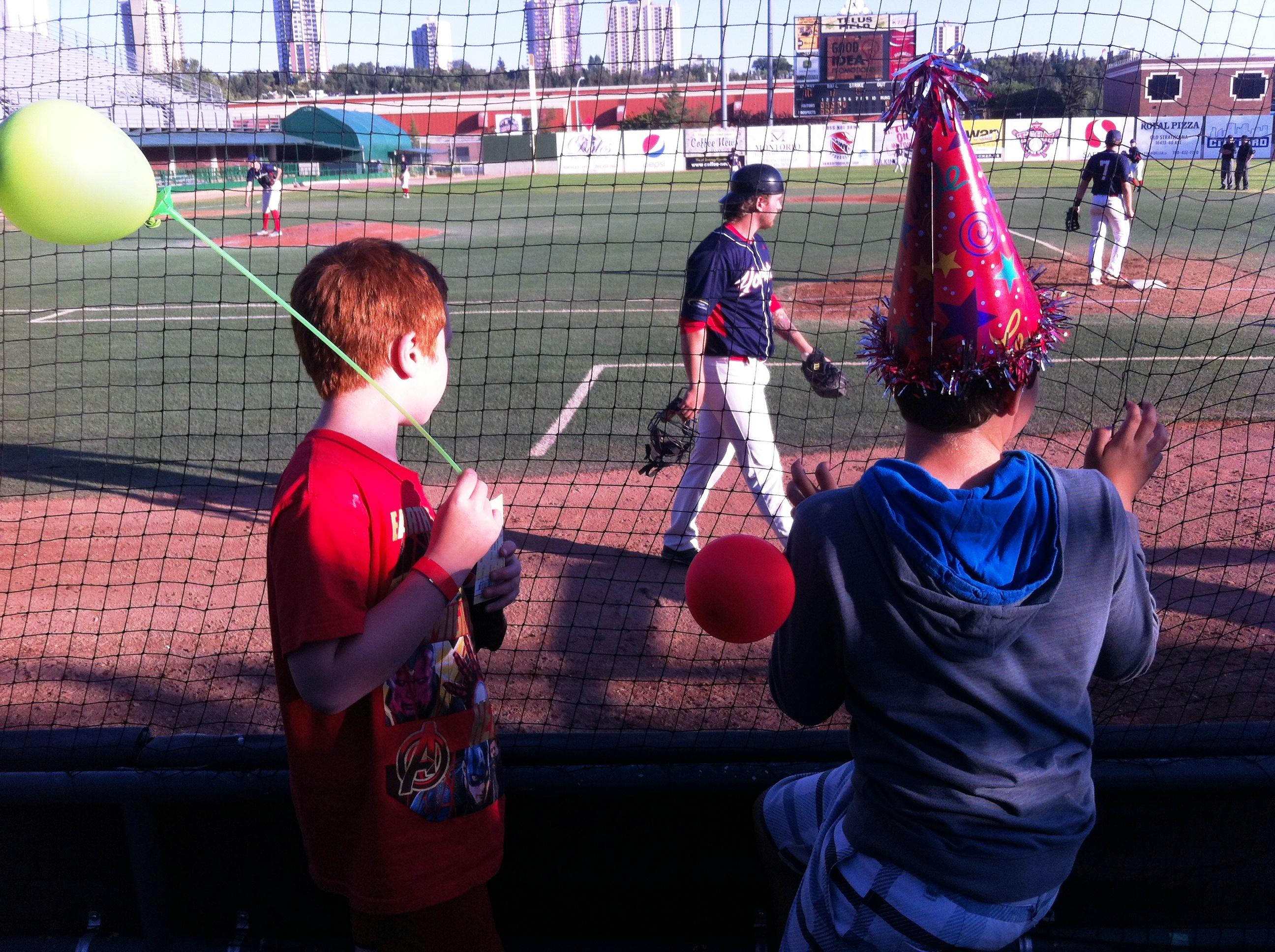Edmonton Prospects Baseball Games - A Family Hit! #Edmonton #Basebal #Prospects #Family #fun #attraction #review #birthday