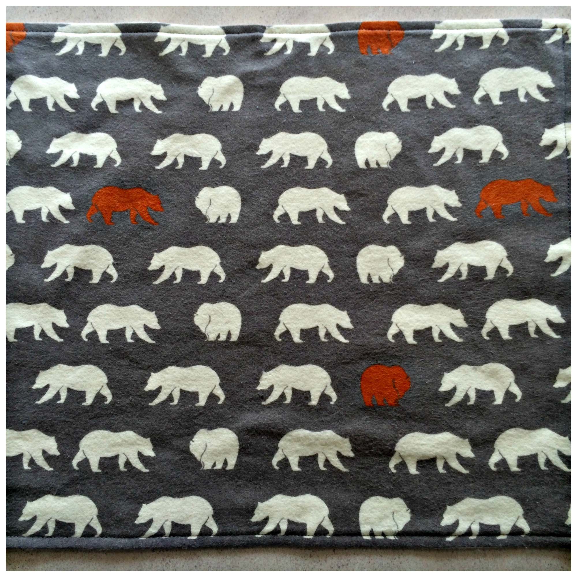 Baby Blanket With Adorable Polar Bear Appliques Grey and White Flannel with Polar Bear Print. #babyblanket #appliques #sewing #polarbear #flannel #grey