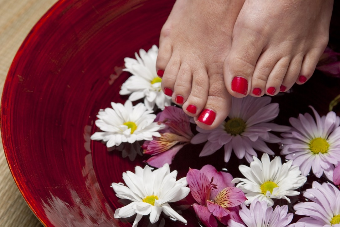 Pedicure - Mother's Day Gifts for Mom's in Senior Living #pedicure #mothersday #gift #senior #seniorshome