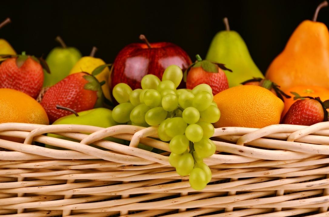 Fruit-basket - Mother's Day Gifts for Mom's in Senior Living