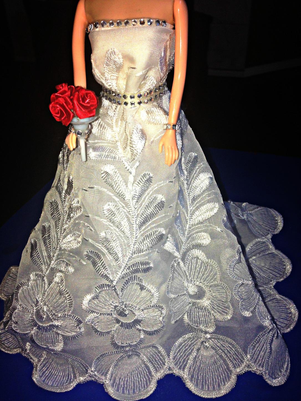 DIY No Sew Barbie Doll Bridal Gown Made from Old Curtain #BarbieDress #BarbieWeddingDress #Wedding #BarbieDoll #Bride #BarbieBride