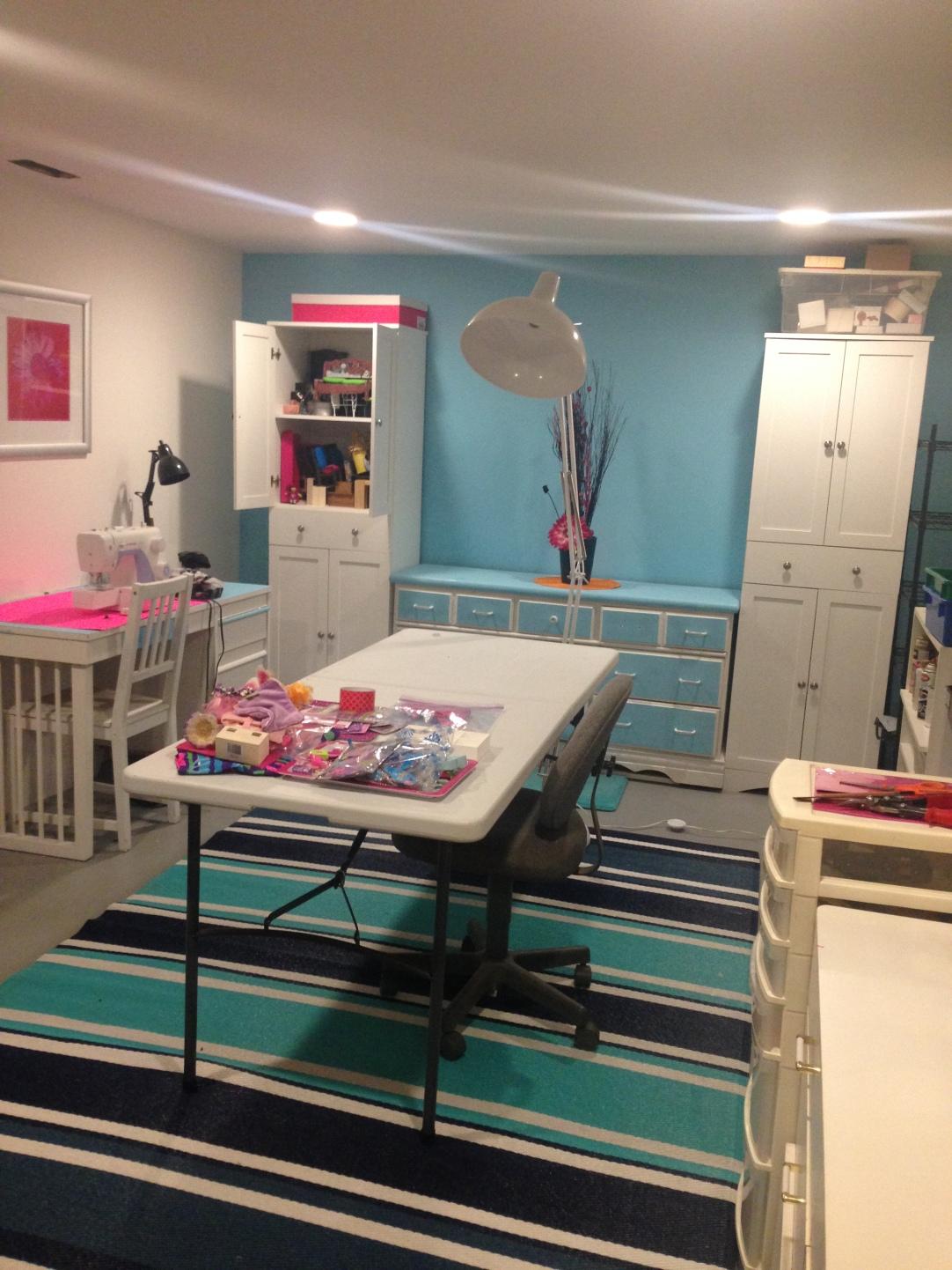 How To Organize A Craft Room #craft_storage #craftroom #craftroom_design #craftroom_organization #multi-purpose