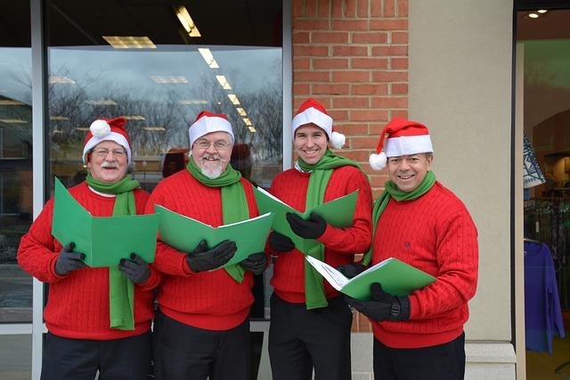 Christmas-carolers jingle-bells Christmas Carols s Canadian Christmas Traditions #carols #Christmasmusic #Christmas #Canada s #traditions #Newcomers