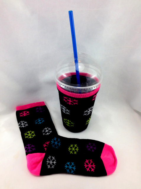 DIY Christmas Sock Slurpee Cozie #water_bottle DIY Christmas Sock Drink Cozies #christmas #craft #christmas_sock #cozie #drink_cozie #cozzie #wine_cozie #coffee_cozzie #DIY #repurpose