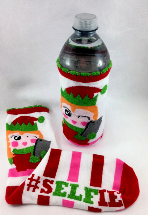Water Bottle #water_bottle DIY Christmas Sock Drink Cozies #christmas #craft #christmas_sock #cozie #drink_cozie #cozzie #wine_cozie #coffee_cozzie #DIY #repurpose