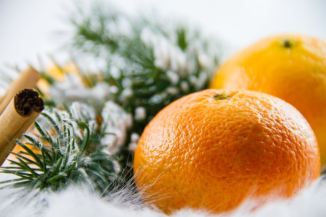 Mandarin Christmas oranges Eggnog Christmas-fruit-cake a traditon. See more Canadian traditions #mandarin #oranges#Christmas  #traditions