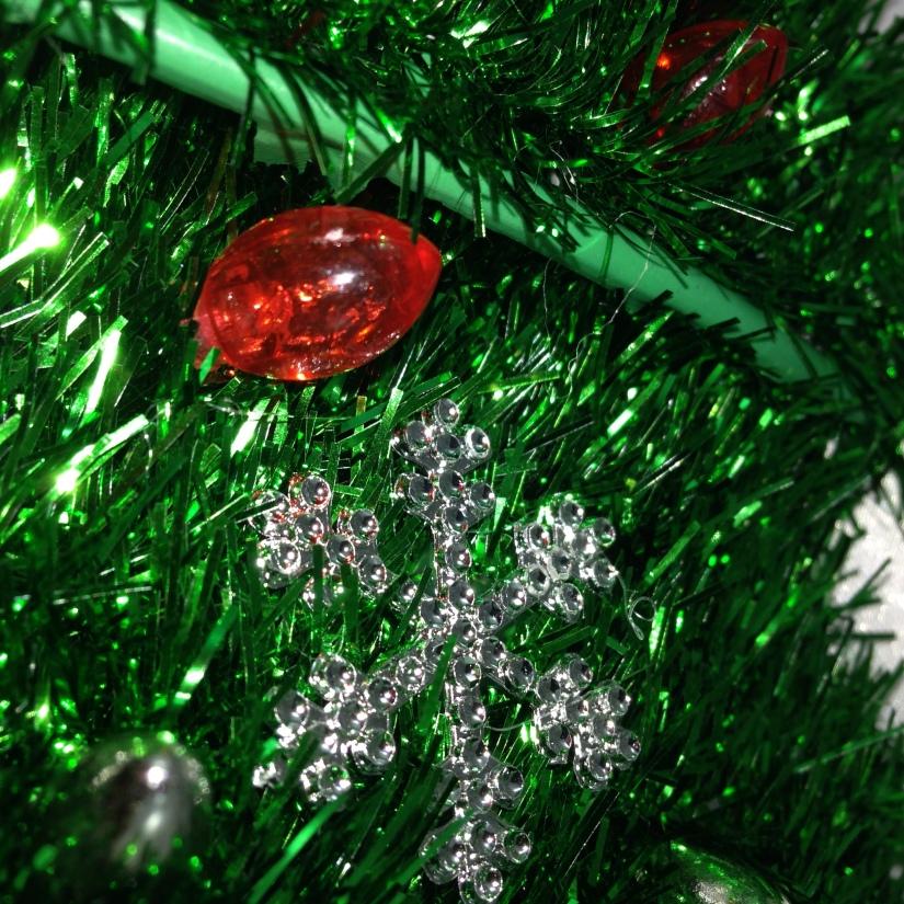 DIY Dollar Store Barbie-Doll Christmas Tree That Barbie Can Decorate! #barbie #DIY #Christmas_tree #Dollartree #Decorate Starrcreative.ca