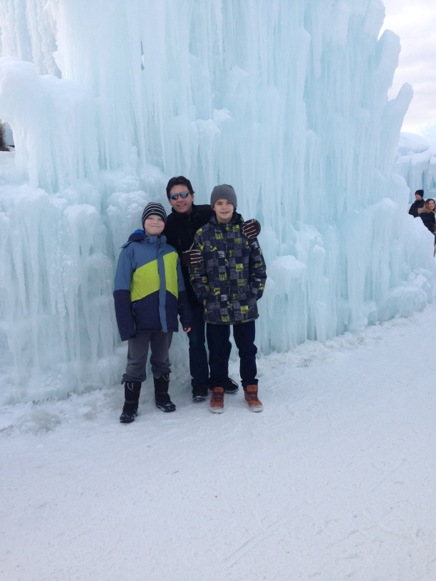 Edmonton Ice-Castles Cool Facts and Attraction Review. #Edmonton #Icecastle #review #images #funfacts #Starrcreative.ca